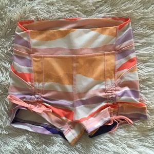 Like New! Patterned lululemon Spanx